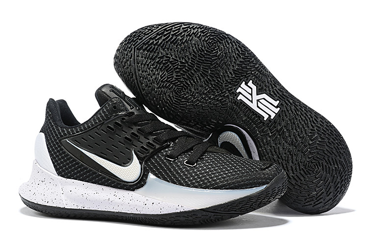 "Игровые кроссовки Nike Kyrie Low 2 ""Black/Metallic Silver"" (36-46)"