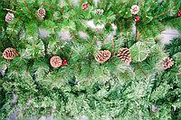 Новогодняя гирлянда сосна с шишками и рябиной 280 см, фото 1