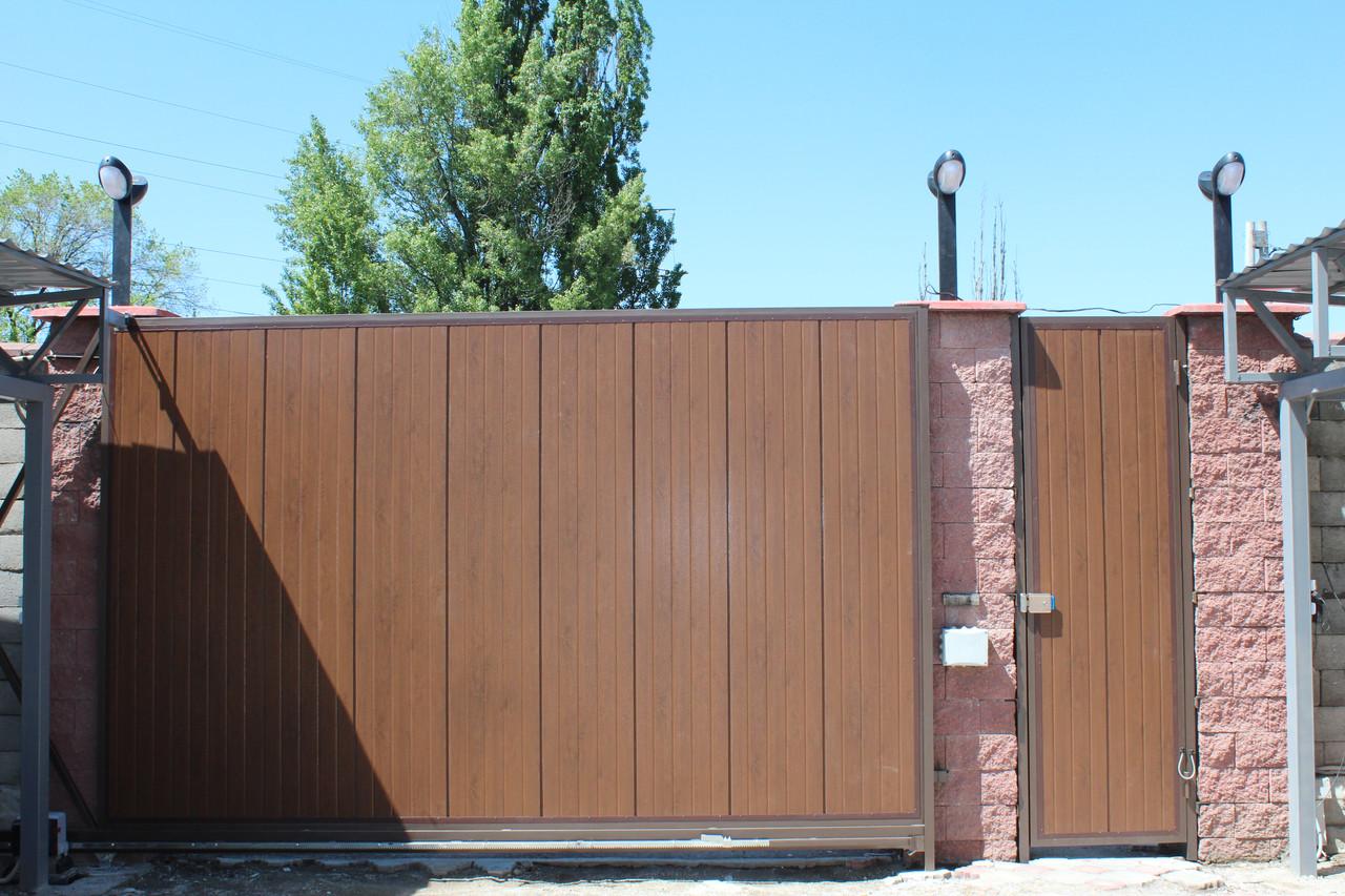 Ворота в Алматы из сэндвич-панелей 4400х2200