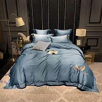 Комплект постельного белья двуспальный LUX однотонный с вышивкой перьев