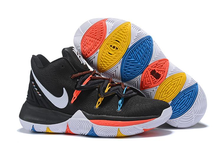 """Игровые кроссовки Nike Kyrie 5 """"F.R.I.E.N.D.S"""" (36-46)"""
