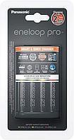 Panasonic Зарядное устройство Smart & Quick (K-KJ55HCD40E) для 1-4 аккумуляторв типа АА/ААА Ni-MH + 4шт АА 2500 mAh, фото 1