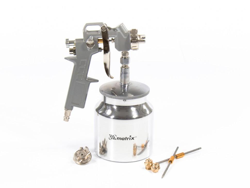 Краскораспылитель пневматический с нижним бачком V 0,75 л, сопло D 1.2, 1.5 и 1.8 мм Matrix