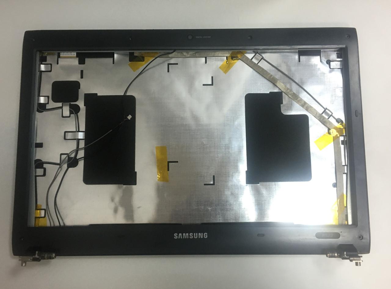 Корпус Samsung R522, крышка матрицы + рамка дисплея + шарниры (Cover A-B)