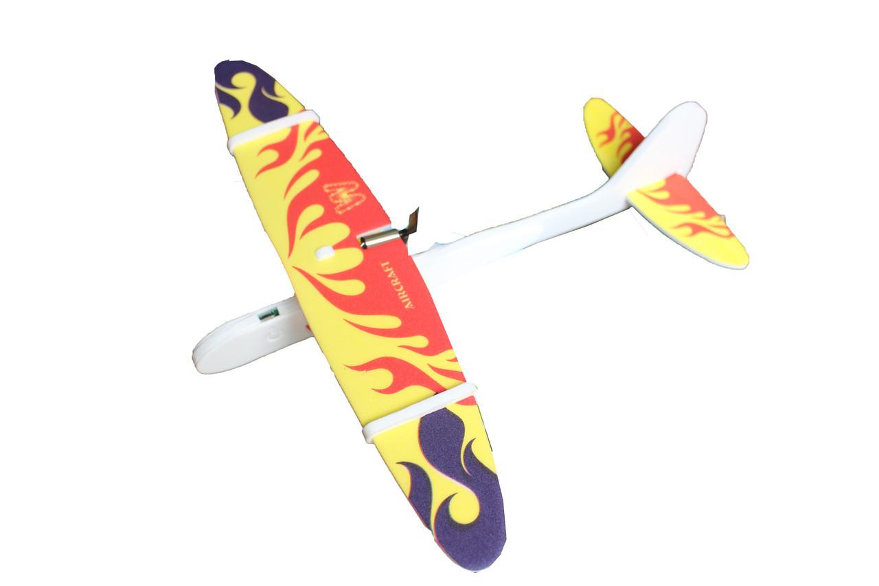 Самолет с моторчиком 618