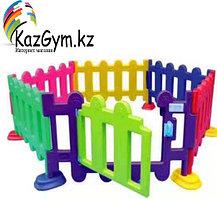 Детский игровой заборчик низкий, секционный (1 метр)