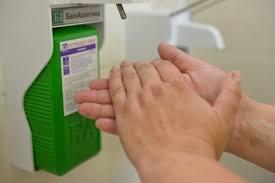 Диспенсер локтевой для антисептиков и жидкого мыла ДУ-010