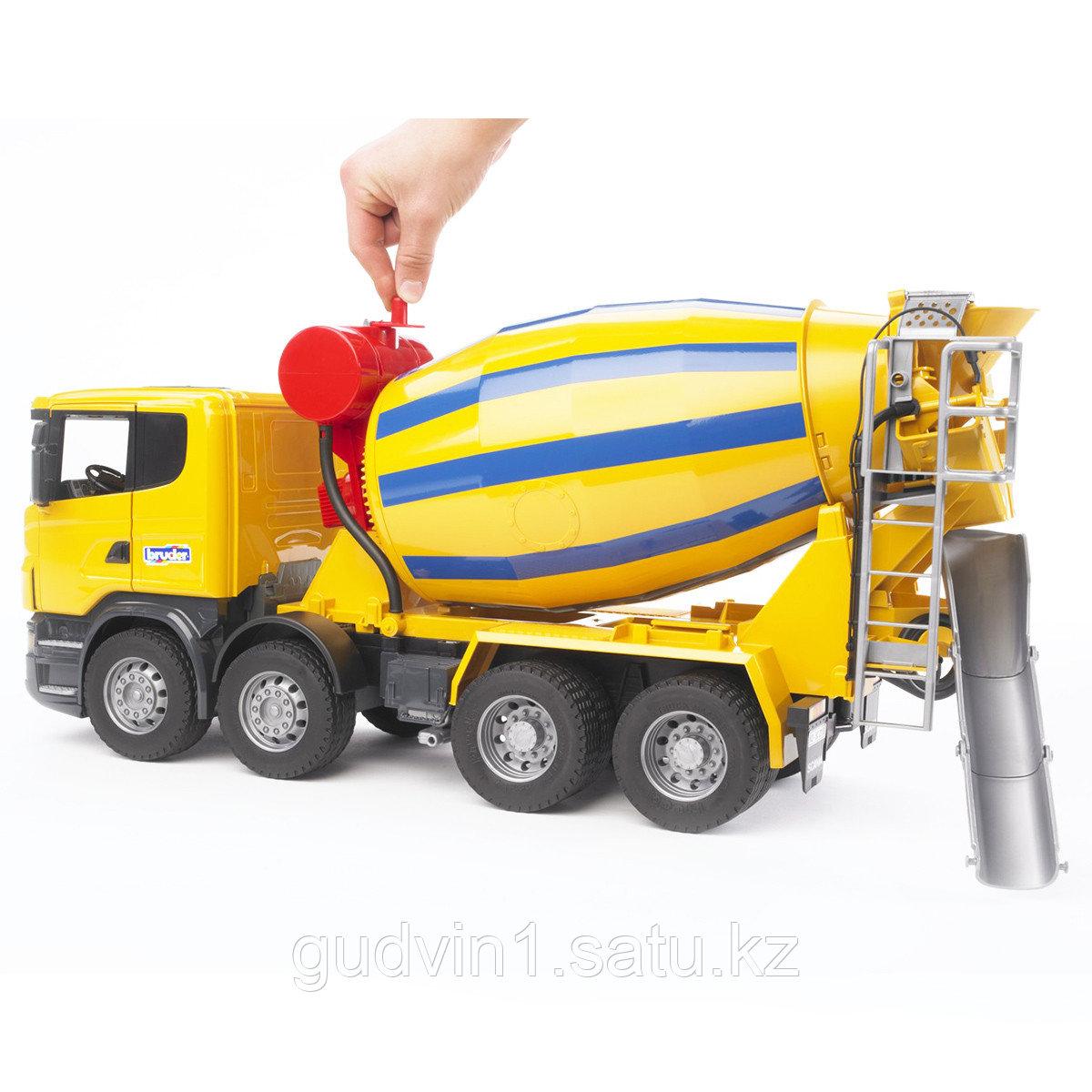 Бетономешалка Scania  Bruder 03-554