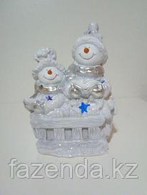 Статуэтка снеговики с книгами малые Н-23см