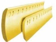Нож среднего отвала грейдера Komatsu GD675-5