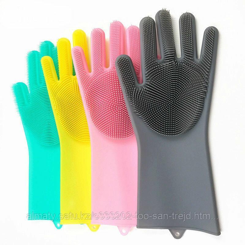Универсальные перчатки для уборки и мытья посуды.