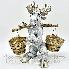 Садовая статуэтка лось с коромысломН-38