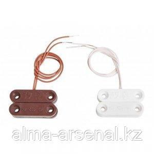 Извещатель охранный точечный магнитоконтактный ИО 102-14 белый (СМК-14)