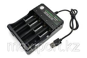 Зарядное устройство для 18650 BH-042100-04U 4,2В на 4ACC, шнур Usb