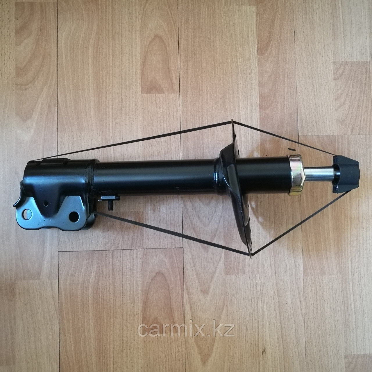 Амортизатор передний правый (стойка амортизатора) OUTLANDER GF3W 2013-