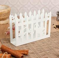 Салфетница металлическая ажурная (Белый / Заборчик с бабочками), фото 1