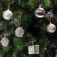 Набор елочных игрушек «Новогоднее изящество» в подарочной упаковке [35 шт] (Серебряный), фото 1
