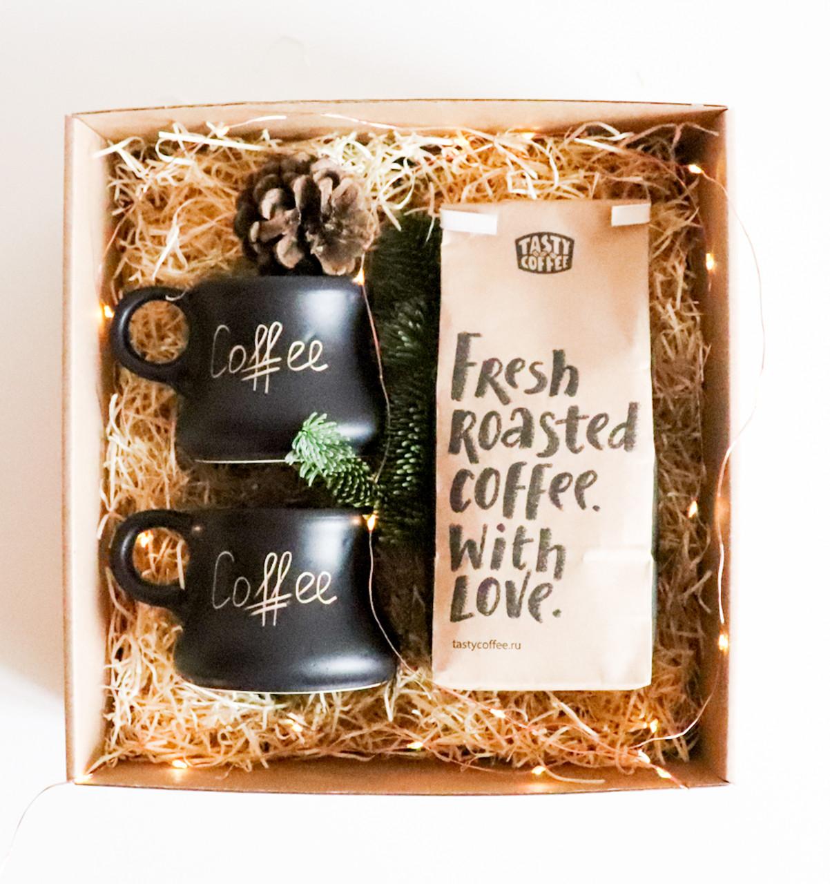 Подарочный кофейный набор   Молотый кофе + 2 чашки 100 мл