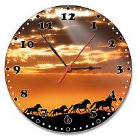 Настенные часы стеклянные с дизайном лошадей