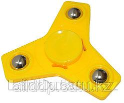Спиннер игрушка ручной (антистресс) 3 лопасти с шариками (желтый)