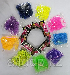 Резинки для плетения браслетов  с крючком (цвета и формы в ассортименте)