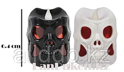 Светящаяся LED Свеча в форме черепа на Хэллоуин 6.4 см