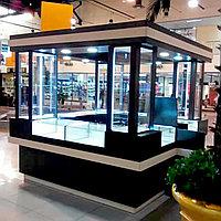Изготовление и монтаж островного бутика (торговых витрин)