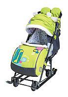Санки-коляска Ника с механизмом качания и перекидной ручкой НД7-6/1 с жирафом лимонный