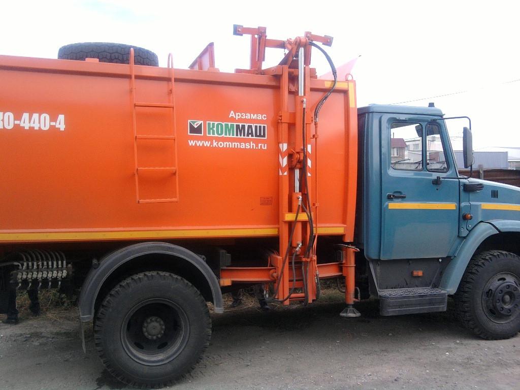 Мусоровоз КО-440-4М
