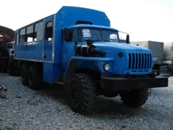 Вахтовый автобус Урал 28 мест