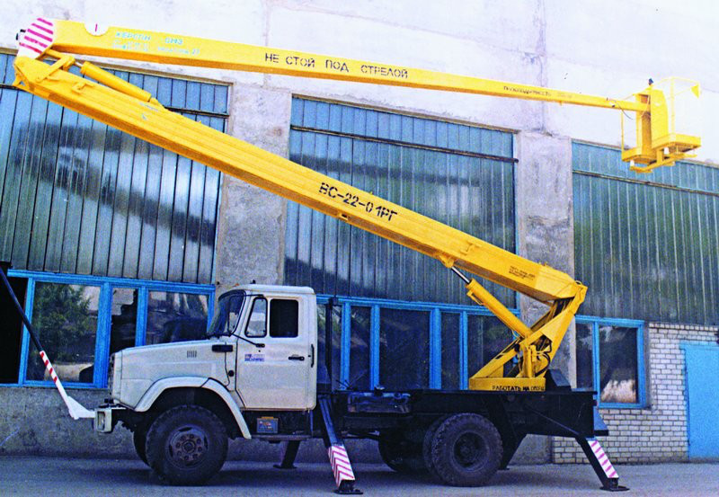 Автовышка ВС-22 на шасси ЗИЛ 22 метра