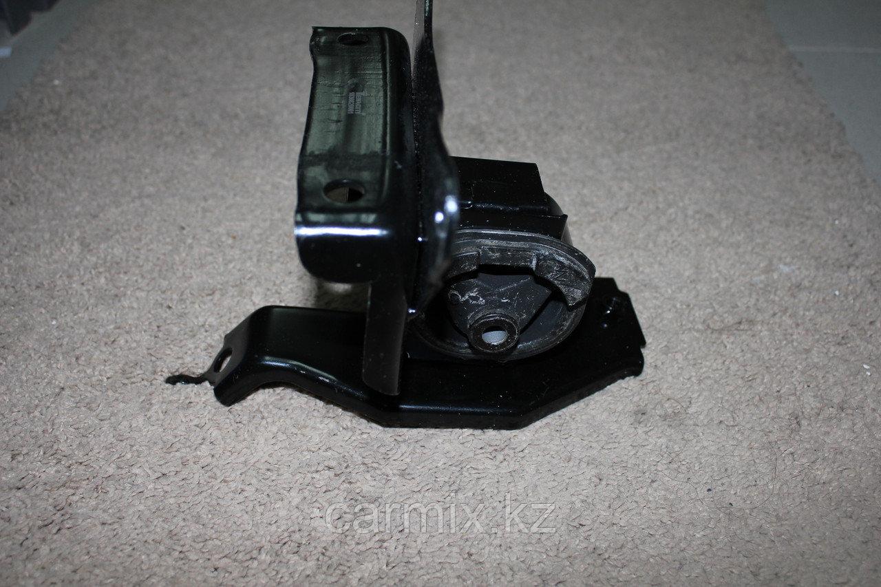 Подушка двигателя левая YARIS NCP92, NCP93