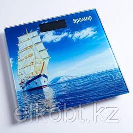 Весы напольные электронные ЯРОМИР ЯР-4203 Корабль 180 кг, 26*26см (Россия)