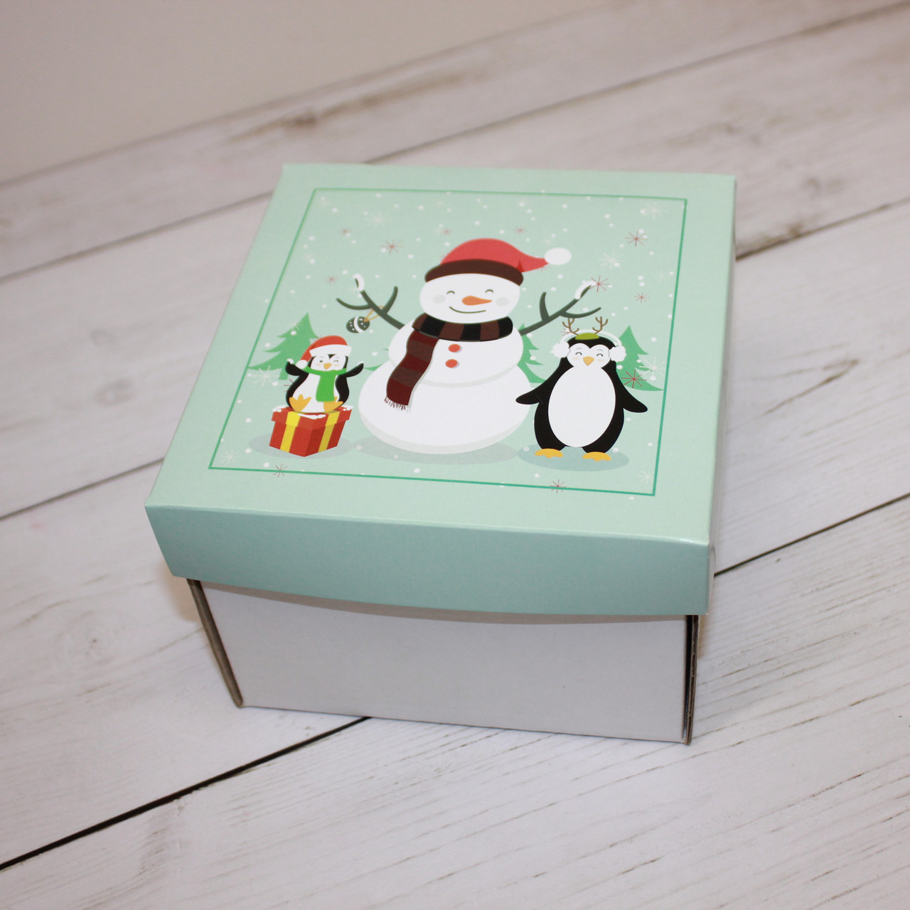 Коробка для десертов (15х15х10 см)