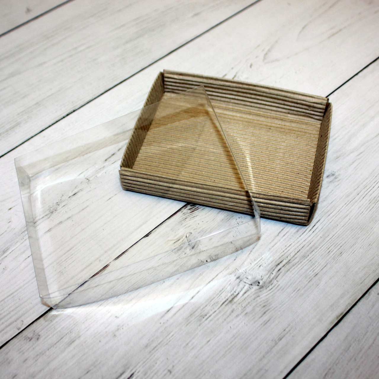 Коробка для десертов (15х11х3 см)