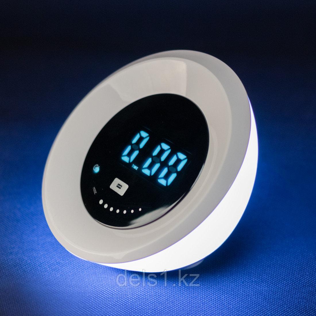 Настольный светильник (ночник)  Deluxe Eclipse (LED 4W)