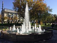 Фонтан на проспекте Байтурсынова