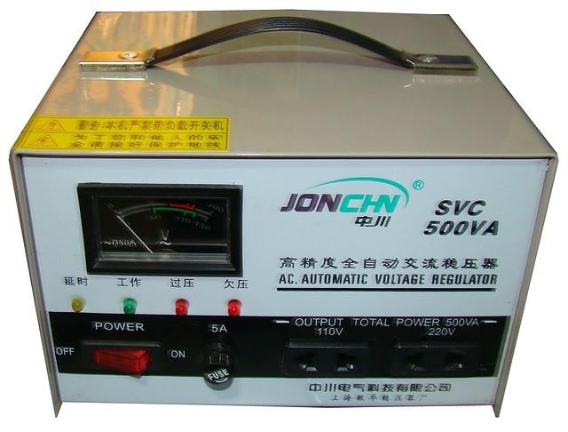 Стабилизатор напряжения JONCHN 0.5 кВт