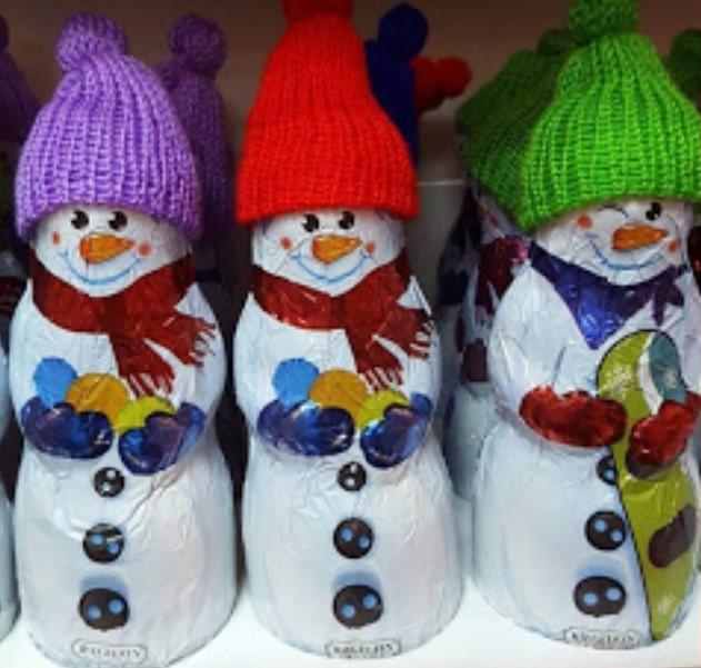Шоколадный Большой Снеговик в шапке 125гр. (Германия)