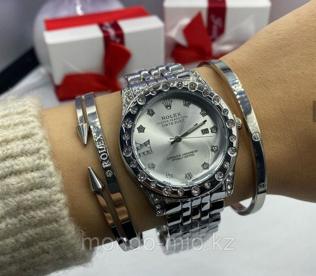 Набор Часы + браслет Картье и второй браслет в подарок