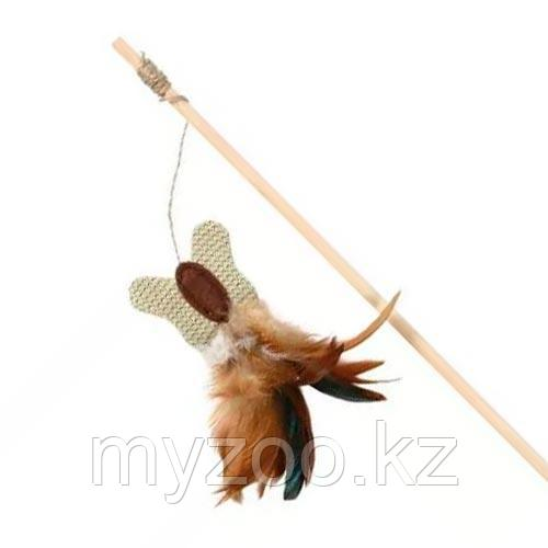 Удочка для игры с кошками.  Бабочка из сизаля и перья пропитаны мятой. Длина нити из джута 45см.
