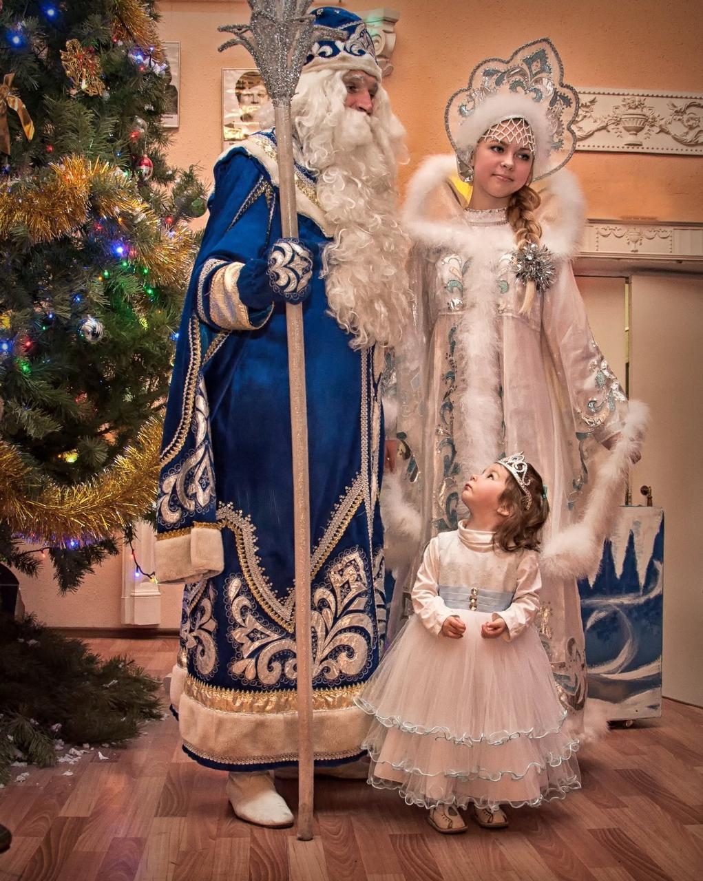 Дед мороз и снегурочка на выезд в Алматы