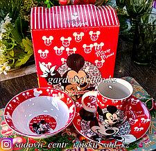 Подарочный набор посуды для ребенка: МиккиМаус. Материал: Керамика.