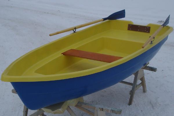 Трехместная стеклопластиковая лодка Тортилла 3 в Алматы