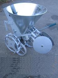 Картофелесажалка ТМ Ярило (цепная 30л с транспорт. колесами)