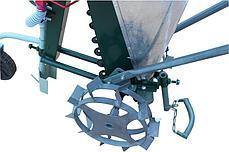 Сажалка для чеснока 1-рядная ручная Ярило с бункером для удобрений и опорным колесом , фото 3