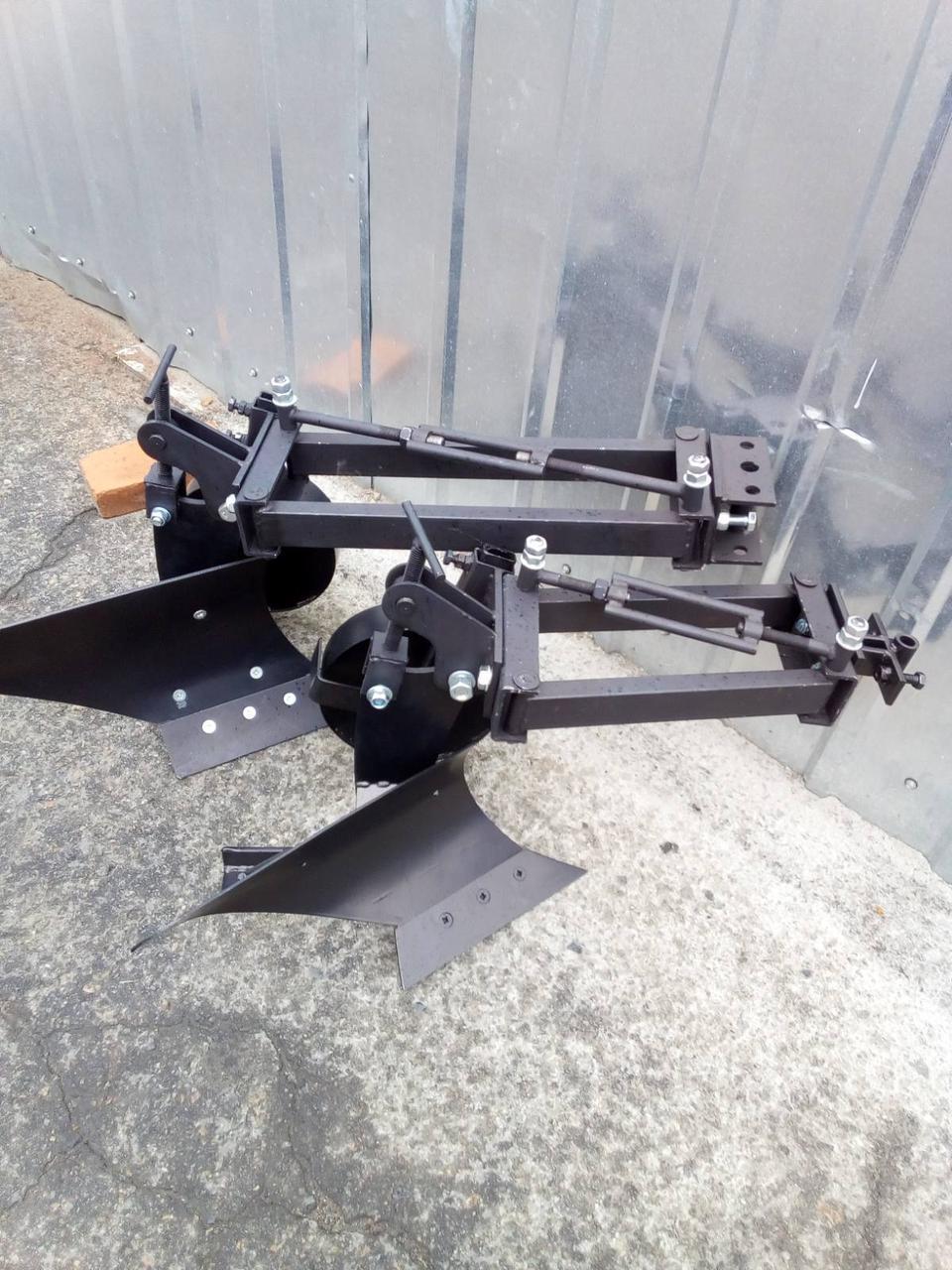 Плуг мотоблочный с опорным колесом Zirka-61 (короткий)