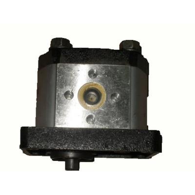 Масляный насос гидронавесного механизма XT120