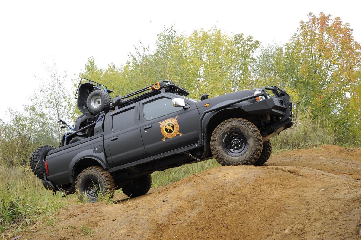Дуга безопасности многофункциональная - Nissan NP300