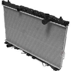 Радиатор охлаждения на Hyundai Santa Fe (2001-2006)